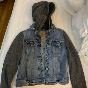 Hollister jean and cloth jacket